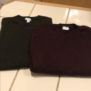 Two long sleeve Old Navy Sweaters